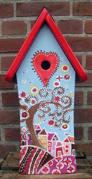 Wundervolle handbemalte Vogelvilla    Jede Nistvilla ist ein Unikat in liebevoller Handarbeit gefertigt und handbemalt von der Künstlerin Maren Sch...