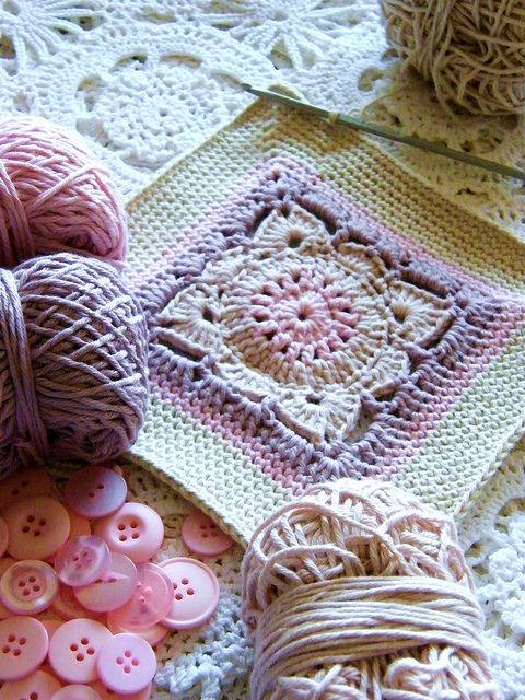 Pretty crochet square.