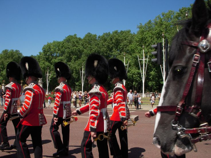Changing of the Guard, Buckinham Palace