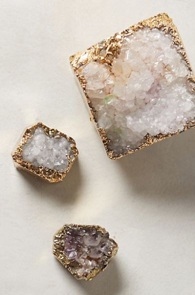 gorgeous crystalline paperweights  http://rstyle.me/n/qpva5pdpe