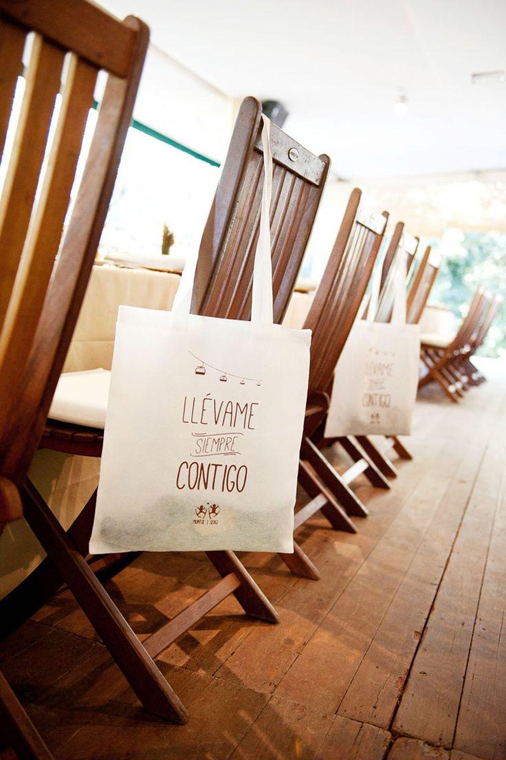 Bolsas personalizadas boda Montse y Sergi. Detallerie wedding planners Barcelona.