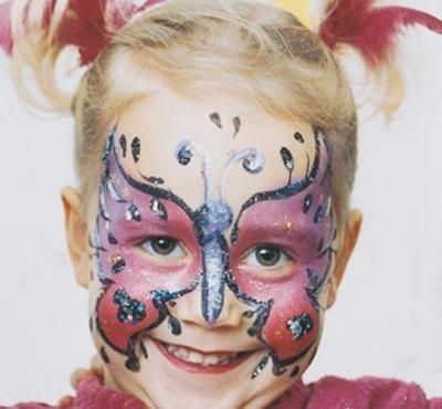 Maquillaje: Mariposa  http://www.serpadres.es/familia/tiempo-libre/fotos/fotos-maquillaje-carnaval/fotos-maquillaje-mariposa