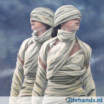 """Ans Markus / """"Tweeling"""" uit 1986. Uniek doek uit de beginperiode van Ans Markus in particuliere collectie. Olieverf op doek. Formaat: 80 x 80 cm in originele lijst; recentelijk schoongemaakt. Niet te verwarren met """"Tweeling"""" uit haar serie sterrenbeelden."""