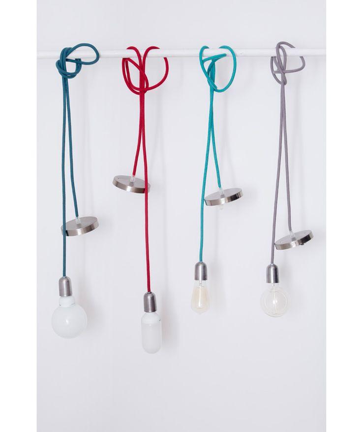 Plafón plateado/ Socket plateado - Lámpara de Techo, cuerda. $110.000 COP c/u (Envío gratis). Cómprala aquí--> https://www.dekosas.com/productos/hogar-decoracion-vida-util-lampara-techo-plateado-plateado-detalle