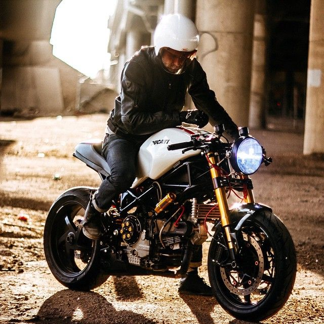 @yorkstmoto on his beautiful custom Ducati S2R in Denver, CO. Looking good buddy! Photo by @eparillaphotos, many thanks. @ducatiusa #croig #caferacersofinstagram