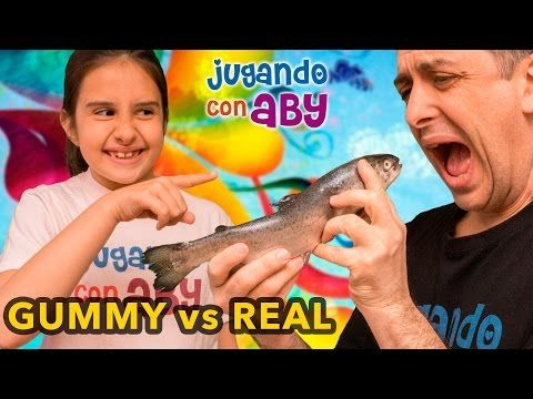 GUMMY vs REAL Food Challenge con Aby - YouTube