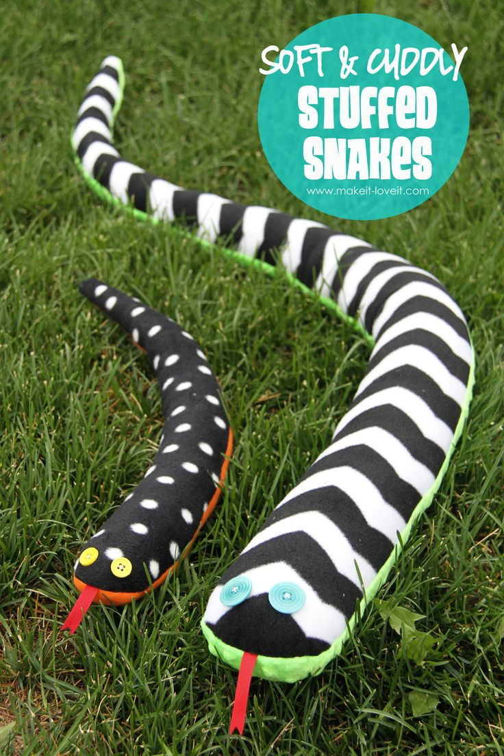 DIY Stuffed Snakes, made from fleece.  Easy enough for beginners to tackle.   www.makeit-loveit.com
