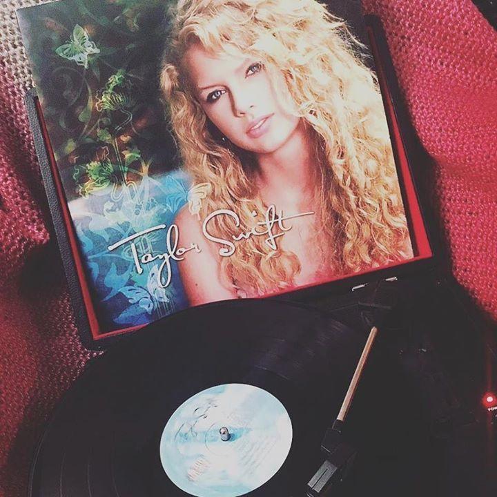 The new Taylor Swift Vinyl!!!! Beautiful!
