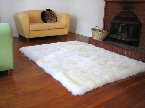Not Too Ggy X Gy White Faux Fur Sheep Skin Accent Rug