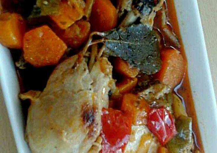 Pollo escabechado con verduras