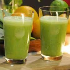 PARA ELIMINAR GRASA 1 pepino 1 limón 2 limas 1 Naranja Hojas de Menta. Dividir en 4 envases de 24 onzas y llenarlos con agua filtrada. Tome DIARIAMENTE. Sabe DELICIOSA, vas a ELIMINAR GRASA. Limones absorción de azucares y calcio, te quita los antojos por dulces. Pepinillos diurético, elimina células grasas. Es alcalino para el cuerpo (alcalino no permite enfermedades) aumenta tus niveles de energía. Limas promueven un tracto digestivo saludable. Menta suprime el apetito y ayuda en la…