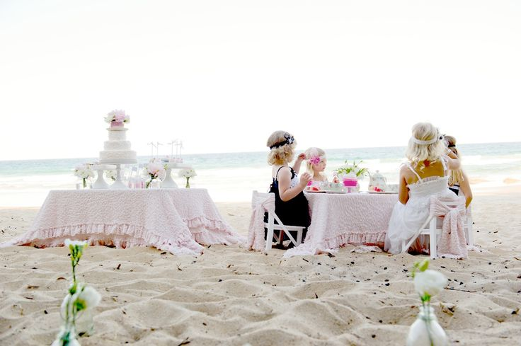 Girlies go to tea!  From Kara's Party Ideas blog.: Little Girls, Birthday Parties, Beaches Birthday, High Teas, Beaches Parties, Parties Ideas, Girls Birthday, Girls Parties, Teas Parties