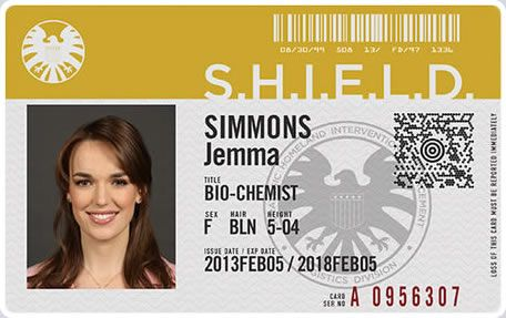 Agent Jemma Simmons deals with biology and chemistry, she's a bit of a nerd and spends most of her time with Leo Fitz who she trained with.