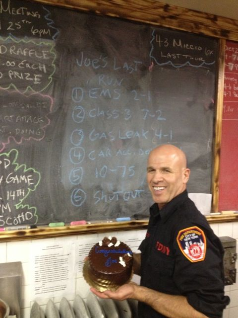 #QuickChess has been acclaimed by educators and included in school cirricuculums. Here is Inventor Joe Miccio teaching, while he served as a #FDNY #Firefighter.