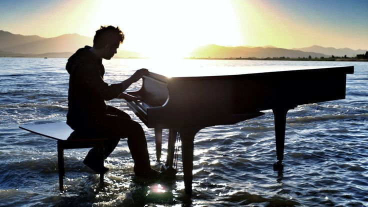 Dubstep Piano on the lake - Radioactive - With William Joseph