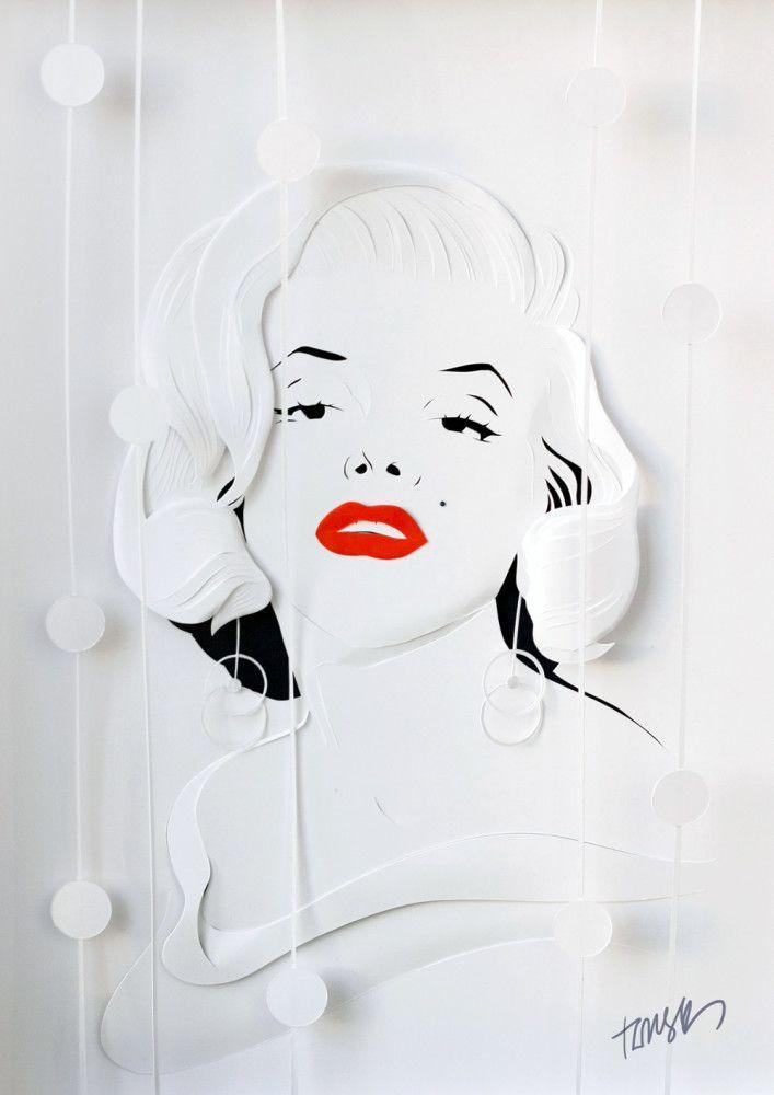 Merilyn Monroe paper portrait