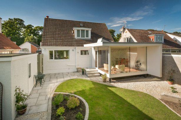 Strict budget extension contemporary garden room design for Contemporary garden rooms extensions