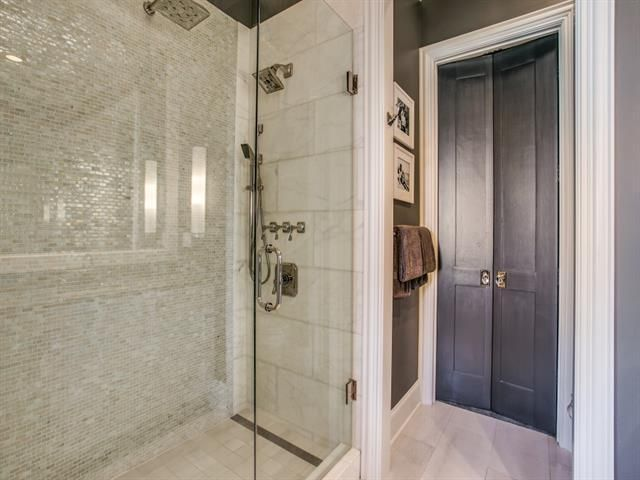 Two Shower Heads For Separate Temperatures With One Rain Fall