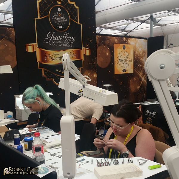 Our very own #jeweller Morgan Sloane, spotted at a recent young jewellers group event creating her final amazing piece! --- #jewellery #design #workshop #sydney #jeweller #designer #castletowers #jewellerydesigner #jewellerydesign #design #igersaustralia #igerssydney #KingsOfBling #sydney #australia #bling #behindthescene #bts #jewelry #blingbling #bling #accesory #luxury #style #jewels