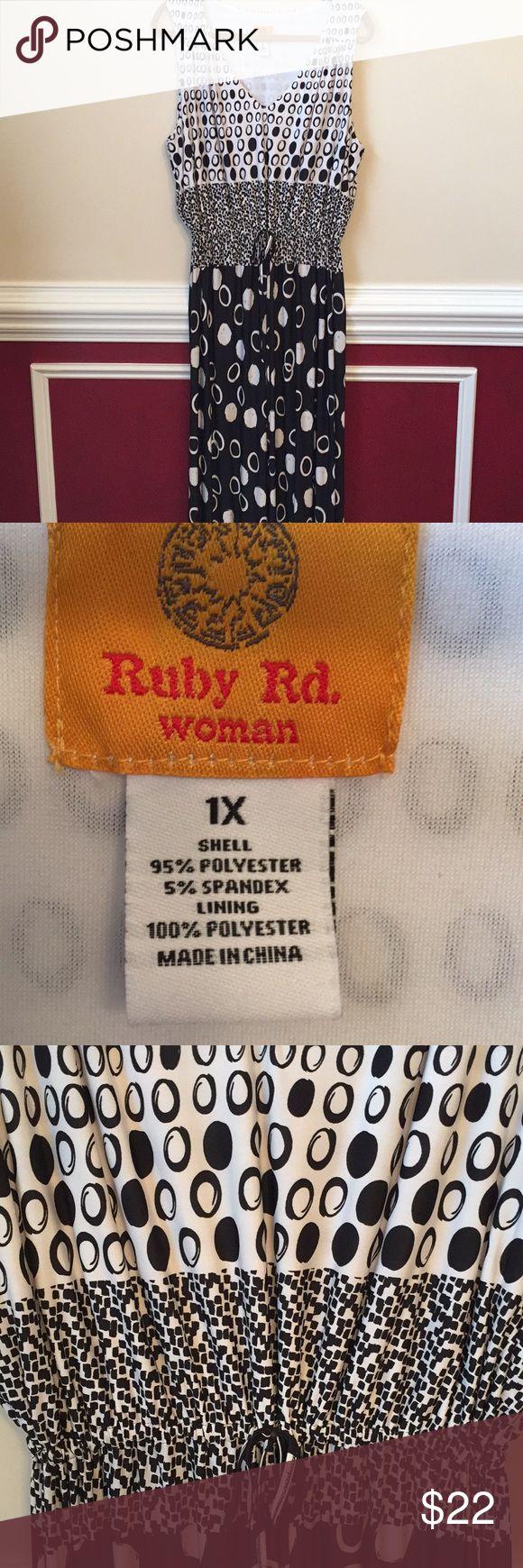 Ruby Rd polka dot maxi dress sz 1X Very good condition. Adjustable tie waist. Dresses Maxi