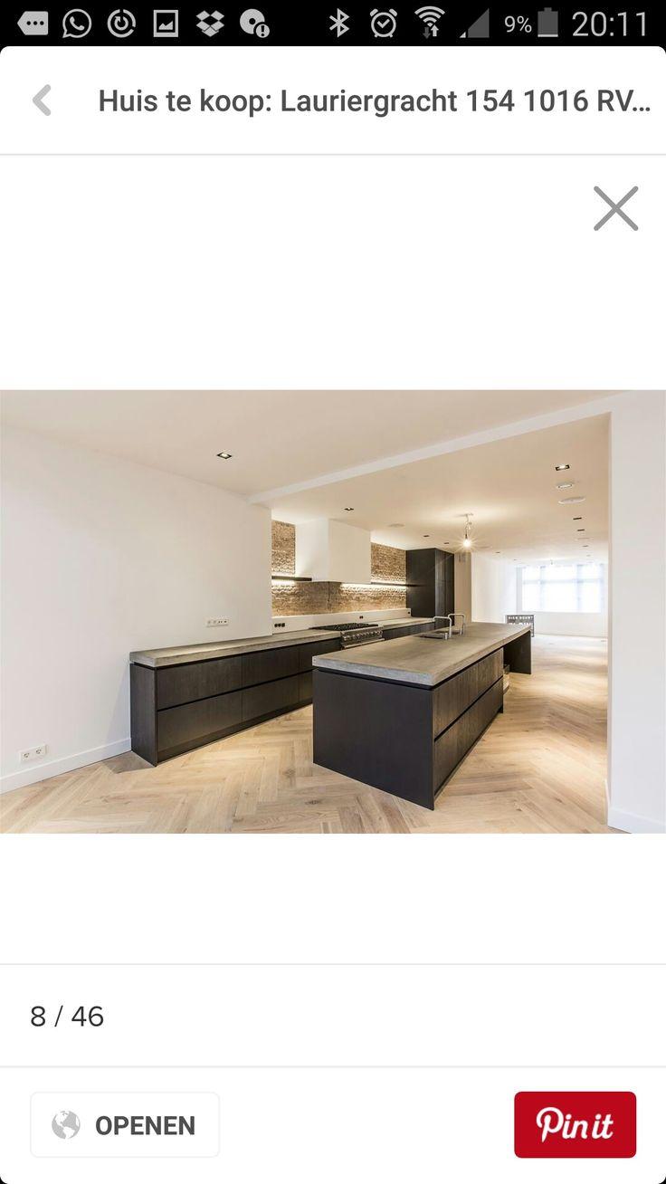 Keuken mooie combi antraciet en visgraat vloer