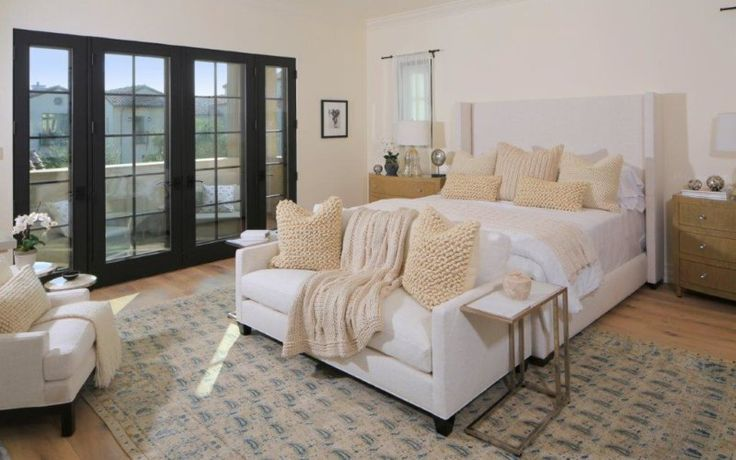 The Enclave is a newly built luxury single family villas located within 24 hour guard gated community in Century City. 4 BD 7 BA