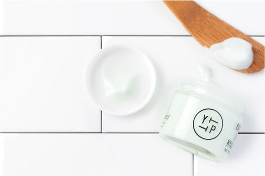 CREAM: Get ready for some leafy green moisture with our lightweight, multifunction, antioxidant-rich moisture cream.