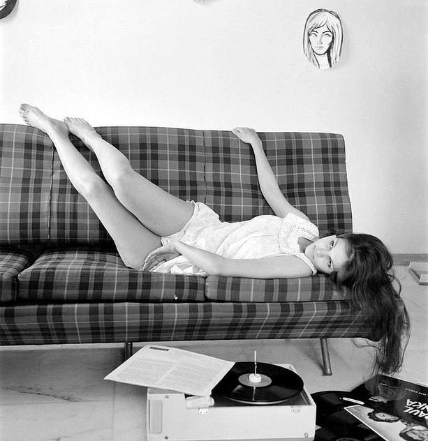 50 Best Stars With Record Players And Radios Images On