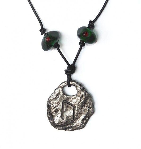 Runeanheng Ur,uruz,úr - Runeanheng med vikingperler.Som er den andre runen i runealfabetet Futhark.Runen står for :Oksen, ur-oksen, utholdenhet,styrke,mot, mannlig seksualkraft,og styrke til å realisere dine drømmer.  Står også for tålmodighet og fysisk s