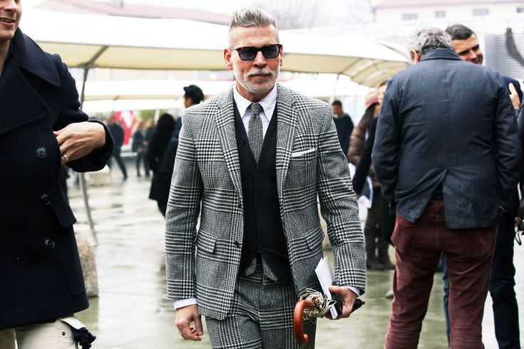 Costume Nick Wooster