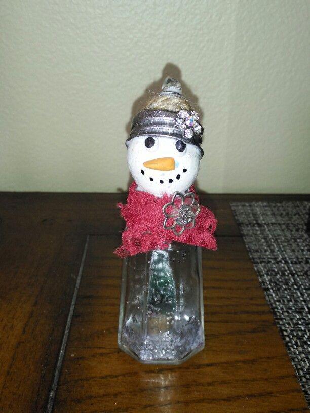 Salt shaker snowman   Craft Ideas   Pinterest   Salt