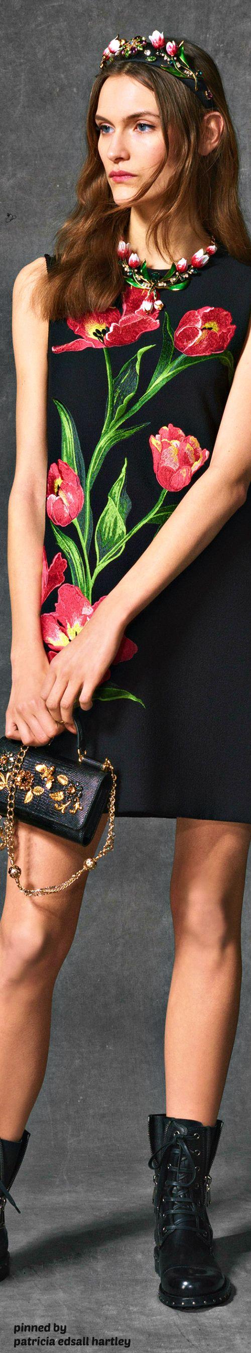 Dolce & Gabbana - FW 2017 - Tulips