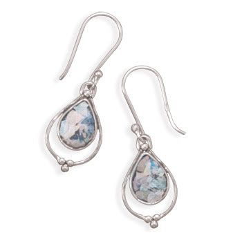 Genus Jewels is a popular online earrings store in Toronto, Canada, they have been able to capture a huge part of the world covering North America, Europe and Australia.