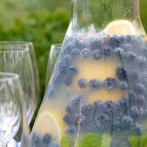 Blueberry lemonade with fresh mint. Hello summer! Only thing missing is Belvedere. ;)