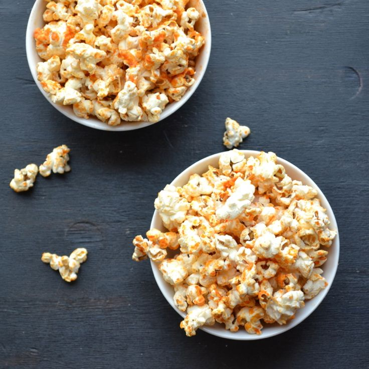 Sriracha Popcorn - you'll  never believe how easy this oil free popping method is...you'll never buy bagged popcorn again!
