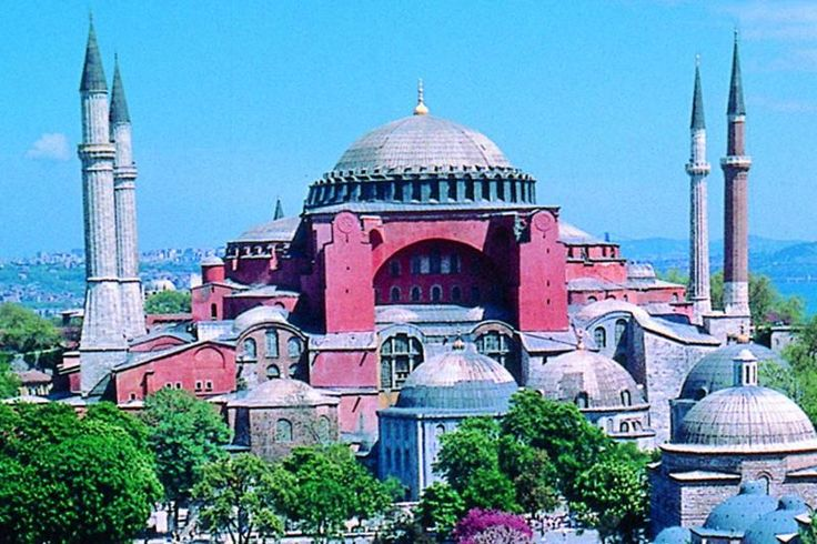 Istanbul in One Day Sightseeing Tour: Topkapi Palace, Hagia Sophia, Blue Mosque, Grand Bazaar...