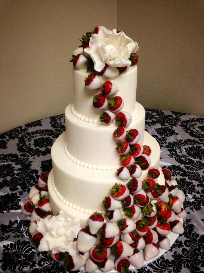 wheatfields strawberry wedding cake 16 best 21st birthday maybes images on 27099