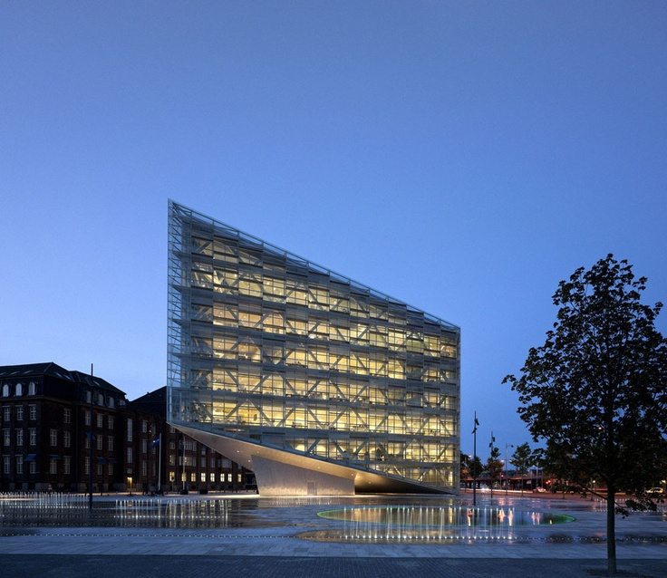 The Crystal / By Schmidt Hammer Lassen Architects