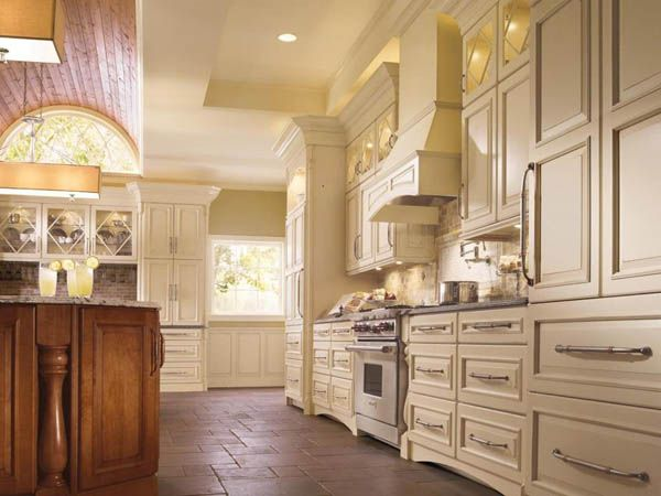 Buying Kitchen Cabinets Wholesale to Save Money