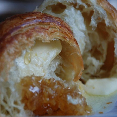 Secret Copycat Restaurant Recipes – Cheddar's Honey Croissants Recipe