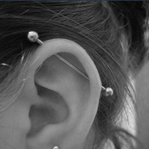 this industrial piercing is sort of growing on me tbh I really want it done