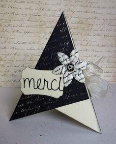 Tuto carte en forme de pyramide/cône