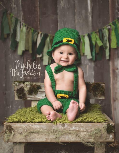 (C) 2014 Michelle McFadden Photography St. Patrick's day photo session; St. Patrick's day photo ideas; Leprechaun