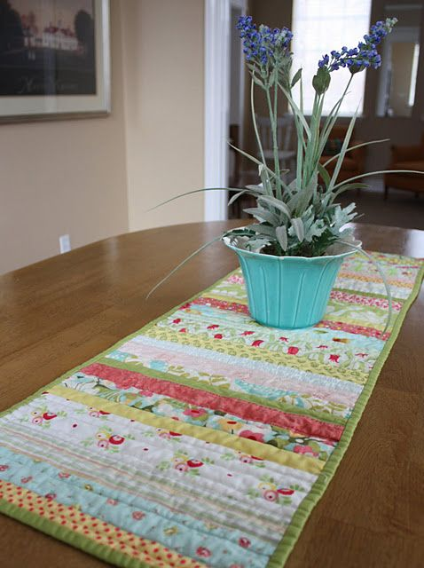 Strip work quilt as you go table runner with tutorial (including link to double binding instructions)