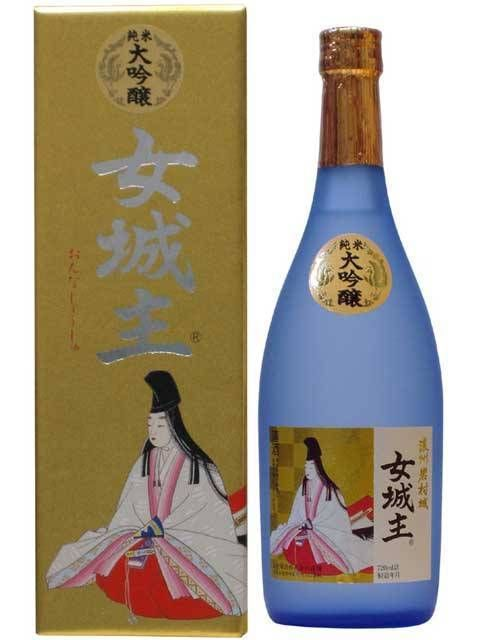 大吟醸  女城主 This is beautiful #packaging it may be sake #packaging PD
