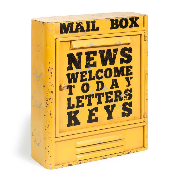 Scatola portachiavi gialla in metallo H 36 cm MAIL BOX | Maisons du Monde