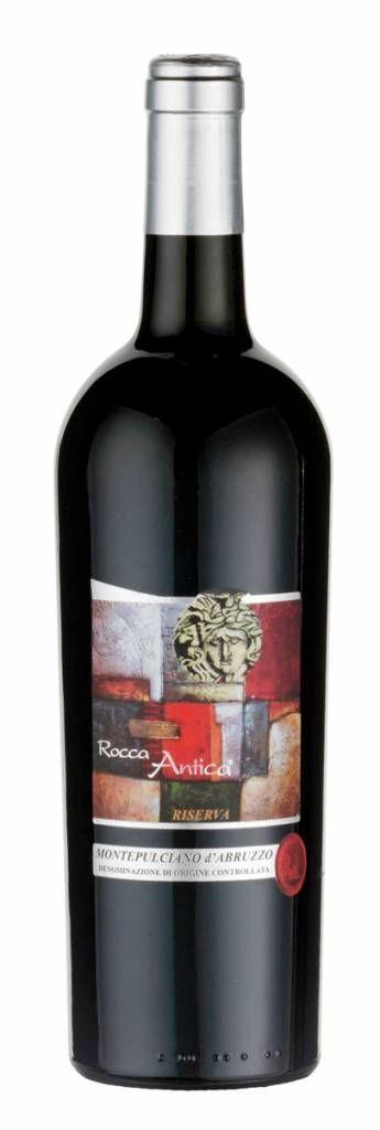 Bestel Rocca Antica Montepulciano d'Abruzzo 'Riserva Di Camillo' 2008.Een dijk van een wijn! Voor iedereen die van een stevige rode wijn houdt en eens iets anders wil drinken. Veel rijp rood en zwart fruit, leer, tabak en chocolade voeren de boventoon. Een zachte en toch zeer volle wijn, mét karakter. #rodewijn #Montepulciano