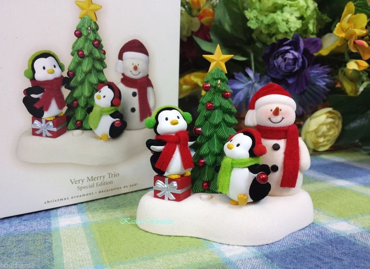 Hallmark Very Merry Trio 2007 ornament Penguins magic singing ornament see video