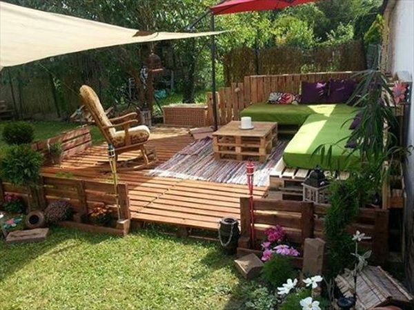 Diy pallet projects instruction 39 ideas about pallet for Garden decking from pallets