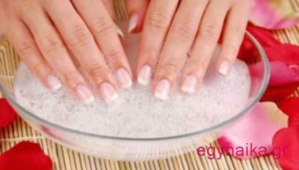 Τέλος στα νύχια που σπάνε με φυσικό τρόπο | eGynaika.gr